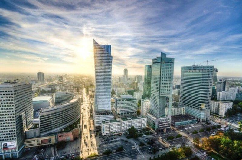 Jak znaleźć nocleg w Warszawie?